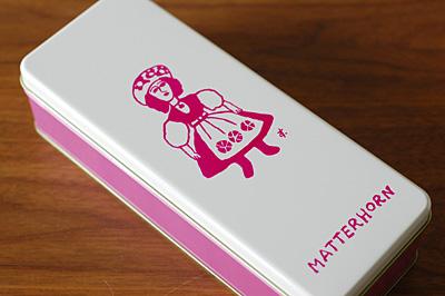 マッターホーン缶入りクッキー
