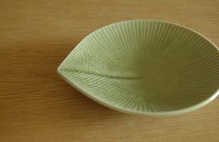 美濃焼 モア 小皿