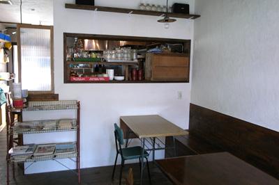 カレーカフェ okra